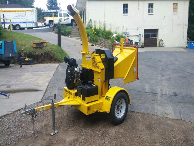 Where to rent CHIPPER, BRUSH 5  DIAM 25 HP in Wayzata MN, Minnetonka, Golden Valley, Deephaven, Orono, Greenwood MN